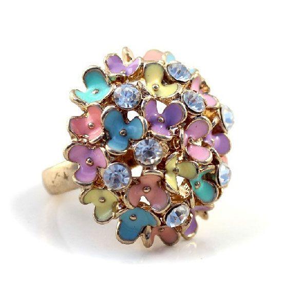 Exaggerated Rhinestone Alloy Flowers Women Dome Shield Ring - DualShine