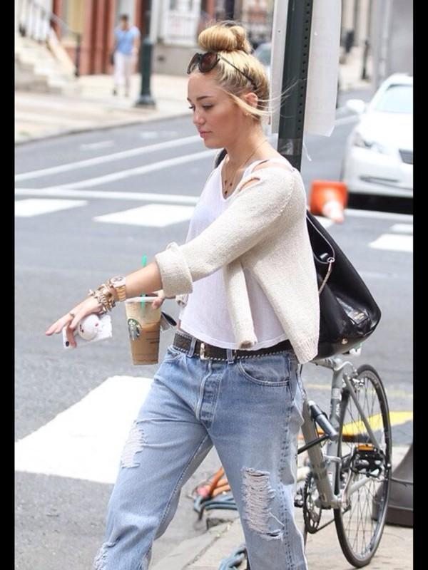 jeans tank top sweater