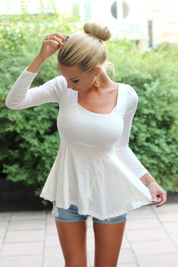 shirt peplum shirt white shirt white peplum top t-shirt jewels blouse withe beautiful nice summer summer outfits ysl earrings blonde hair top white