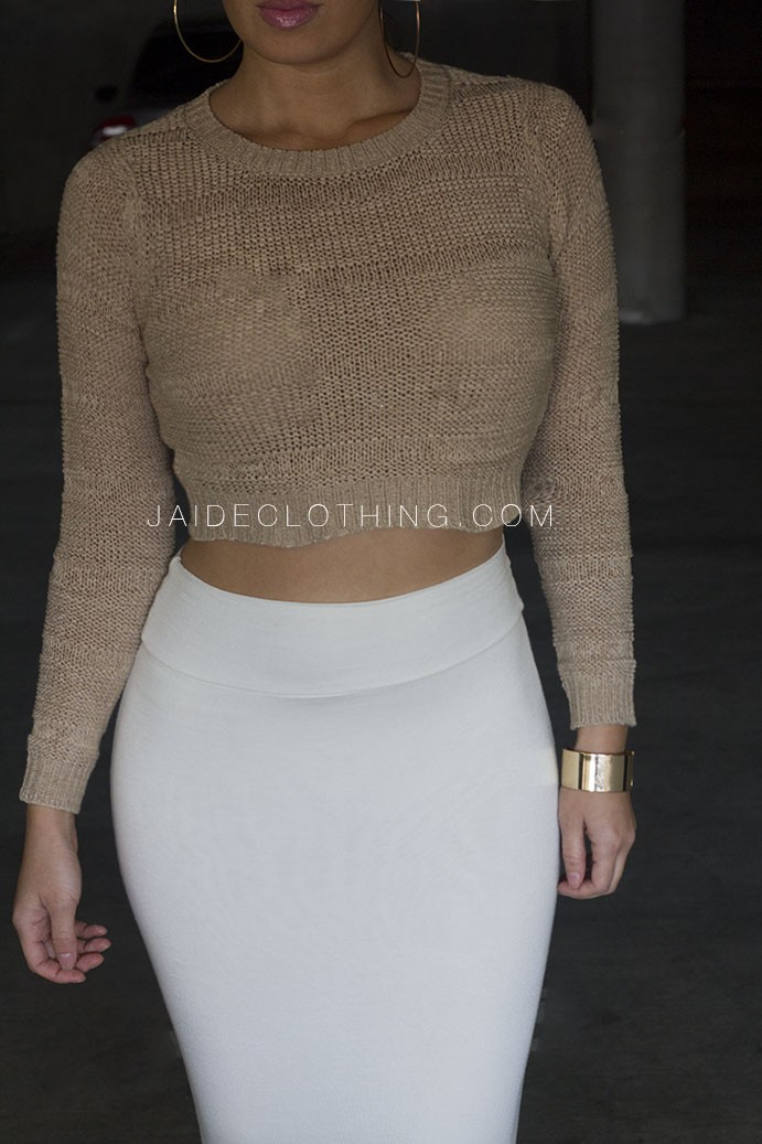 JAIDE EXCLUSIVE BEIGE Knit Sweater Cropped Outfit