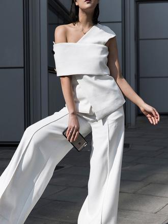park and cube blogger jewels bag white pants white top asymmetrical wide-leg pants