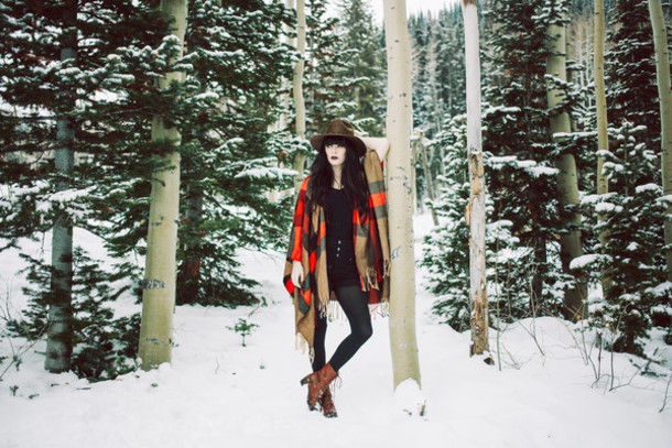 jag lever blogger hat poncho winter outfits