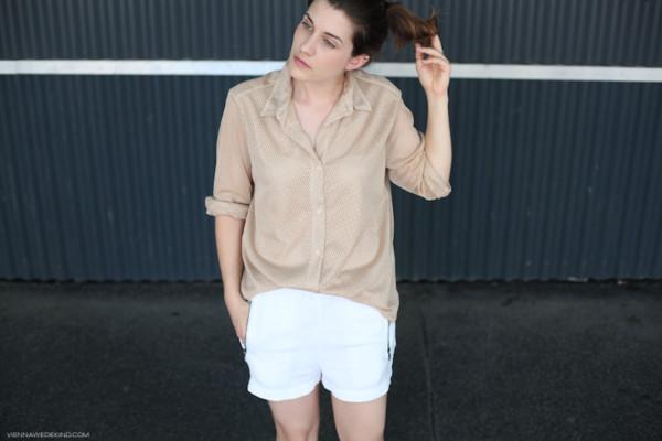 vienna wedekind shirt shorts nude white shorts