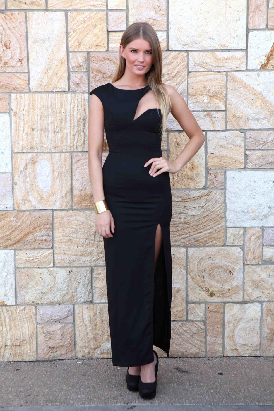 Black Longer Lengths Dress - Black Cutaway Bodice Maxi Dress | UsTrendy