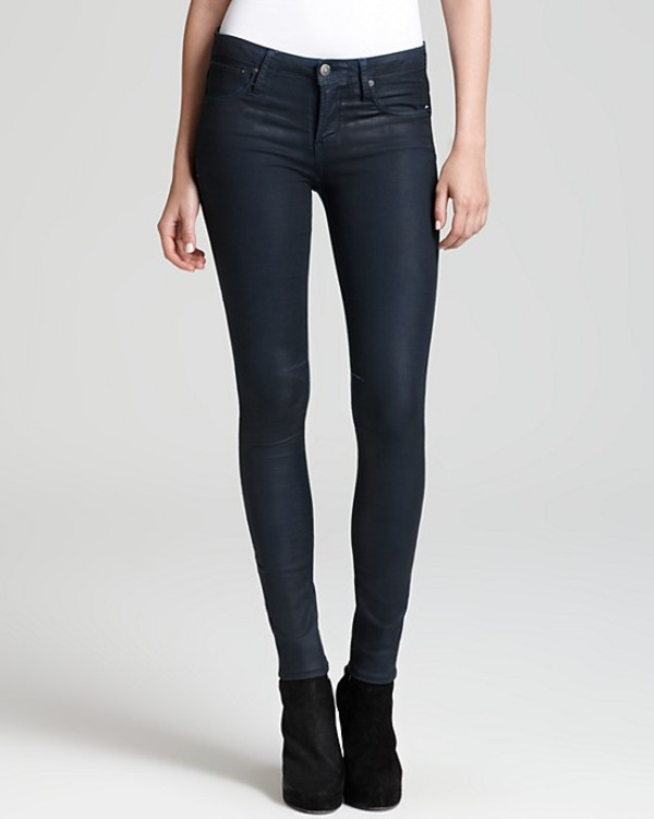 jeans streetstyle designer denim trendy trendy couture fashion fashionista celebrity style steal