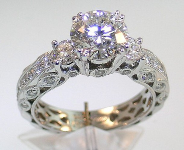 jewels diamonds diamond ring rings and tings beautiful wedding wedding dress engagement ring