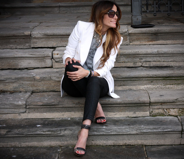 rebel attitude bag jacket jeans t-shirt shoes jewels