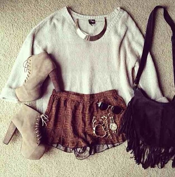 bag shoes shorts sweater jewels sunglasses
