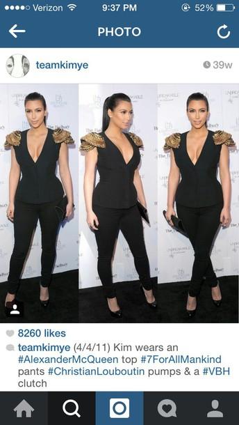 blouse kim kardashian