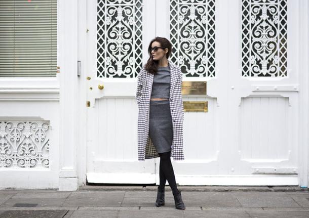 anouska proetta brandon blogger sunglasses coat grey skirt pencil skirt crop tops