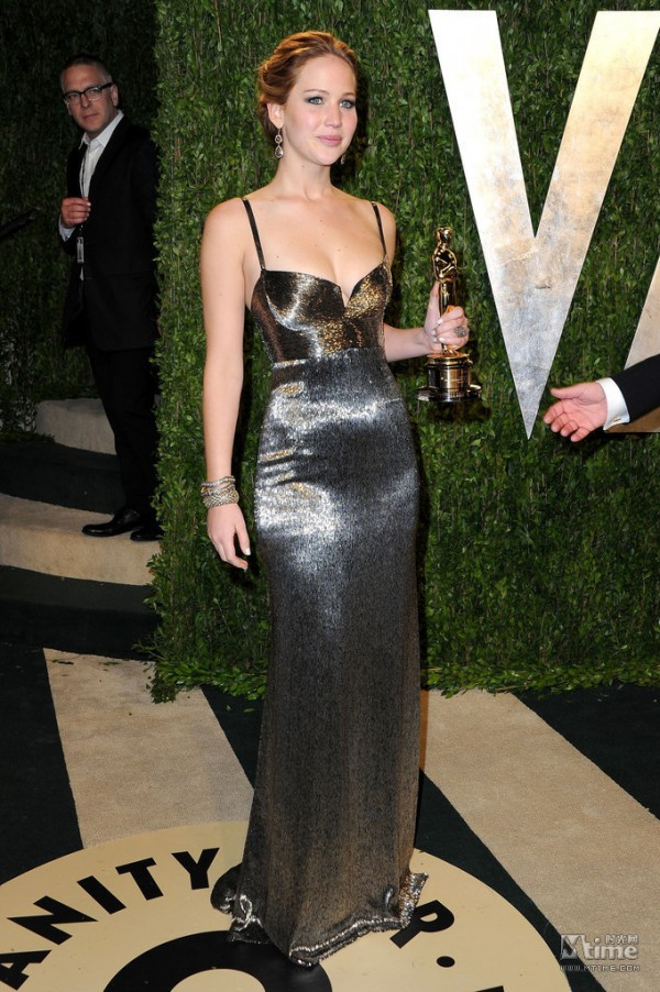 2013  Noble Shining After Movie Quee Jennifer Lawrence Black Sweetheart Neckline Beading Evening Dresses-in Celebrity-Inspired Dresses from Apparel & Accessories on Aliexpress.com