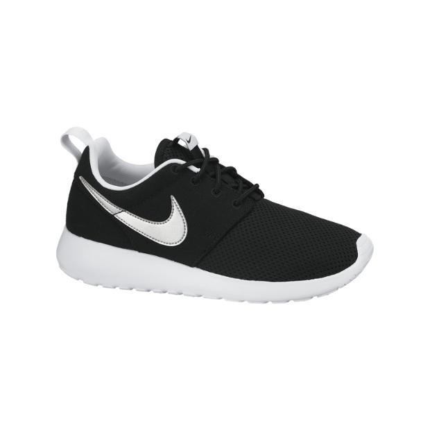 Nike Roshe Run Kids' Shoe. Nike Store UK