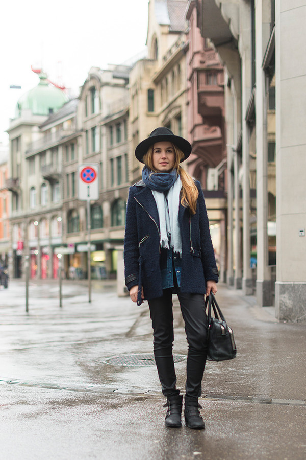 fashion gamble t-shirt jacket jeans shoes scarf hat jewels bag