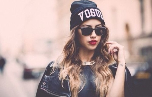 sunglasses colorful amazing dream wow black fashion new york city hat good cool nice white sun summer dress face makeup red lipstick