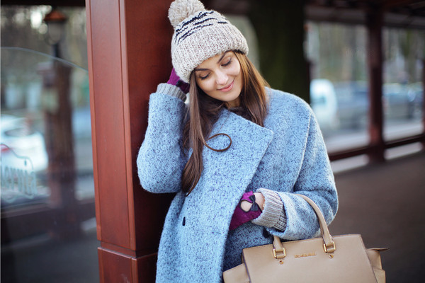 fashion agony coat sweater jeans hat shoes bag jewels
