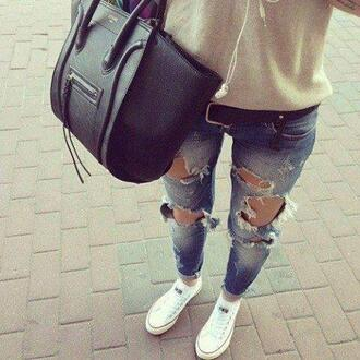 bag celine celine bag phantom celine phantom black black bag handbag jeans sweater pants shoes belt blue skinny jeans skinny pants skinny jeans ripped jeans ripped light jeans denim jacket boyfriend jeans bottom