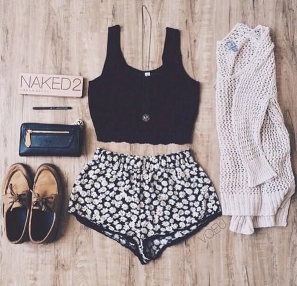black lace crop tank shorts cardigan top flowered shorts bralette crop tops black floral