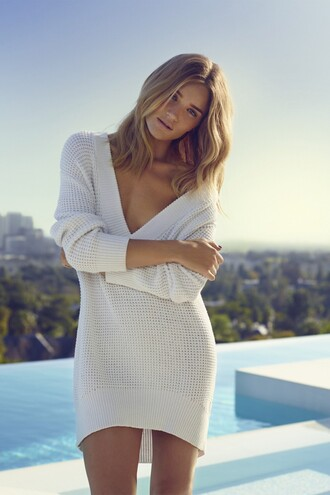sweater white plunge v neck rosie huntington-whiteley oversized editorial