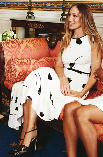 dress midi dress sarah jessica parker spring outfits asymmetrical dress high low sandals shoes