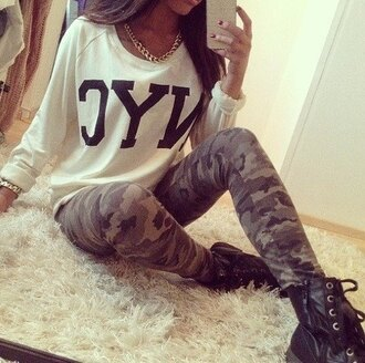 white sweater camouflage statement necklace combat boots black boots
