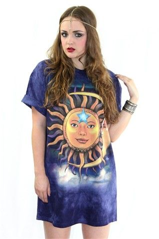 Tie dye sun moon t-shirt :: GiGi Vintage