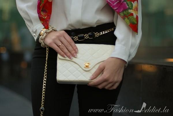 fashion addict t-shirt jeans scarf bag jewels shoes belt