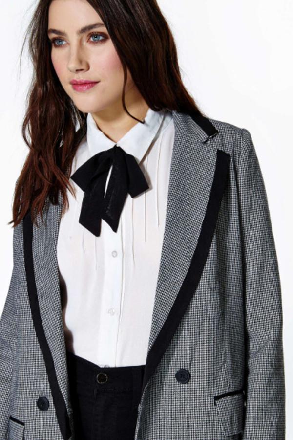 blouse collar bow