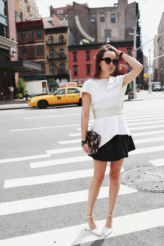 style scrapbook blogger top belt bag jewels