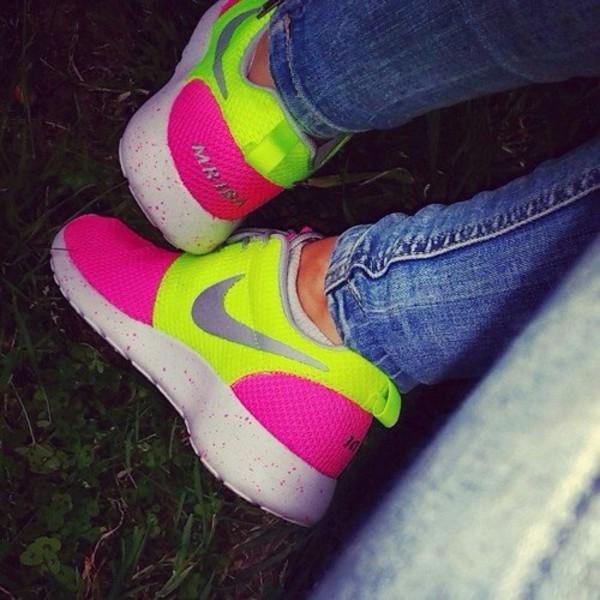 shoes nike roshe run nike roshe runs fluo sneakers