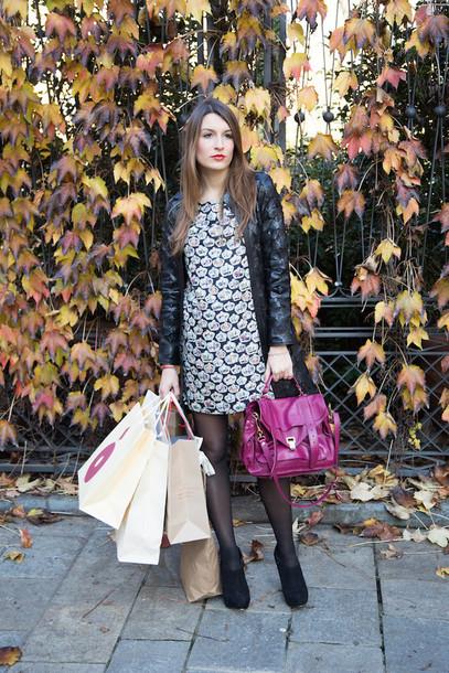 style and trouble blogger coat satchel bag purple patterned dress shift dress