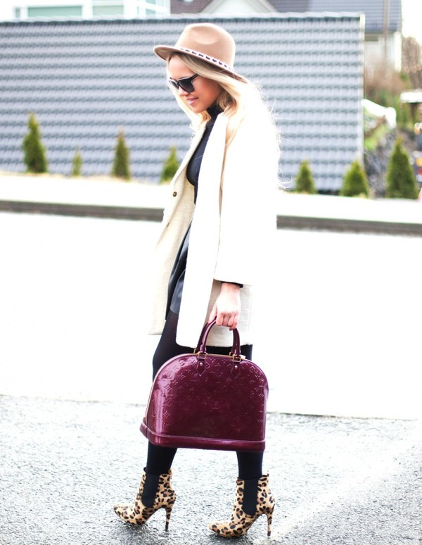 cath in the city coat hat skirt bag shoes