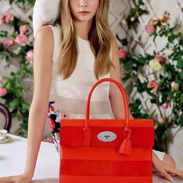 bag red bag red bag red