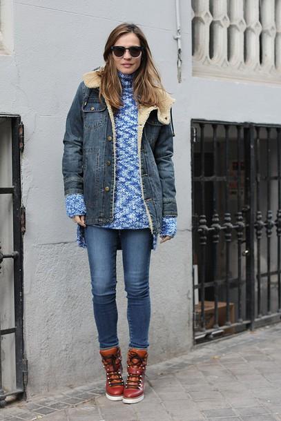 lady addict blogger jacket sweater shoes jeans dress sunglasses
