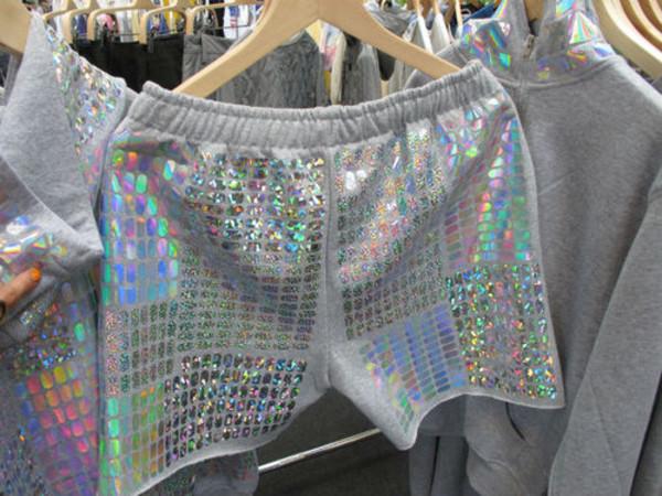 shorts fashion holographic