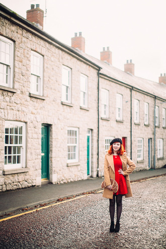 the clothes blogger coat dress tights shoes bag jewels red dress beige coat clutch beret winter outfits