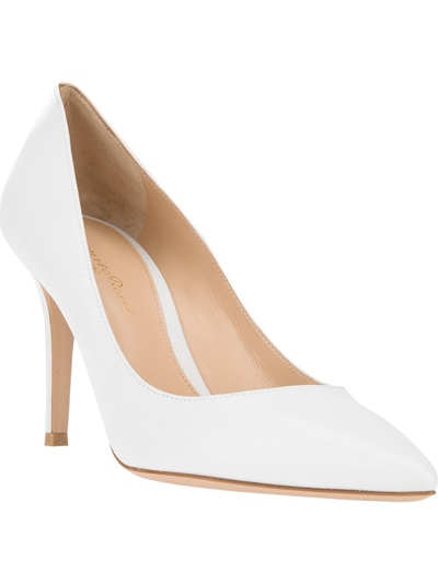 Gianvito Rossi Classic Pointed Toe Pump - Biondini - Farfetch.com