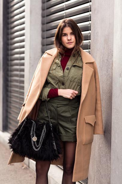 the fashion fraction blogger coat shirt sweater shorts shoes bag