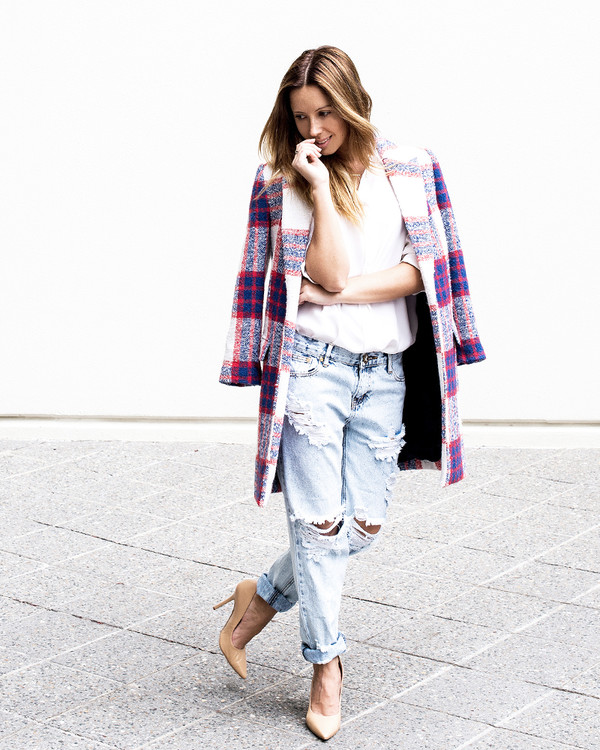 friend in fashion coat jeans shirt