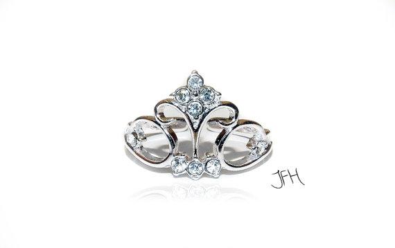 Silver Tiara Princess Crown Ring Silver Tiara door Jewellery4Her