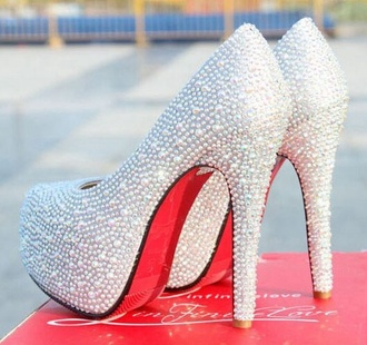 shoes help ! please!! platform high heels
