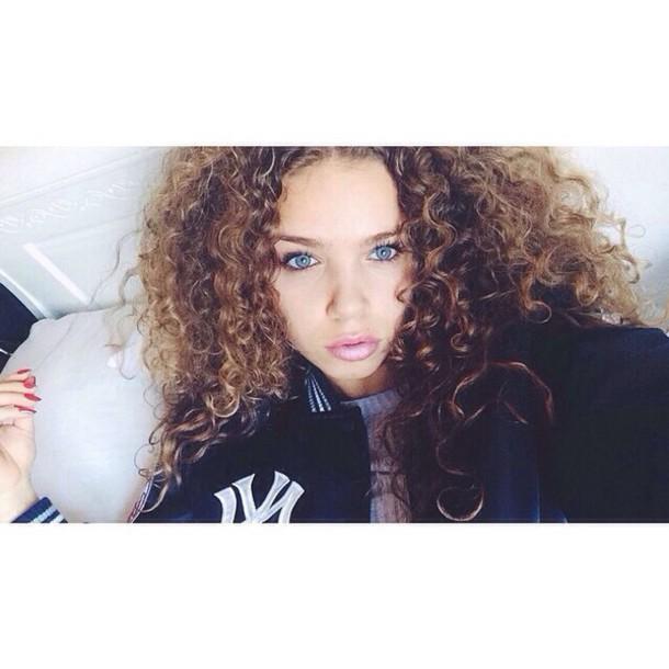 coat curly hair
