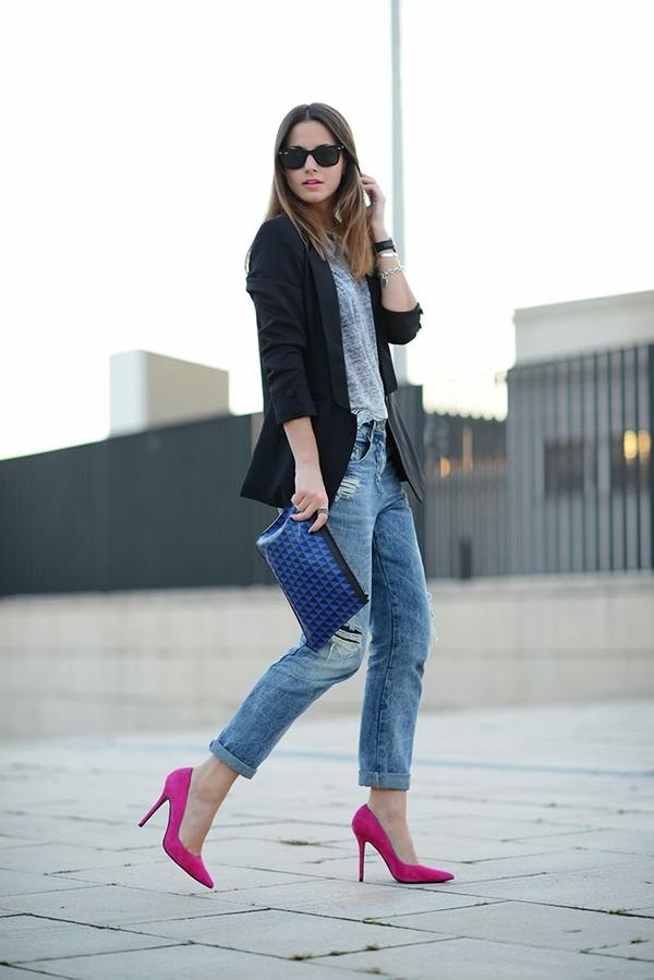 fashion vibe jacket jeans bag t-shirt sunglasses