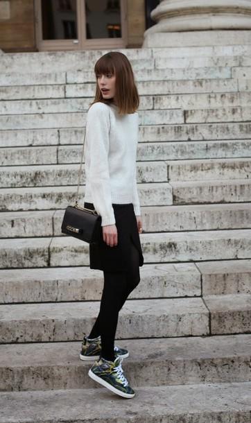 into your closet blogger sweater high top sneakers black skirt shoulder bag bag skirt shoes