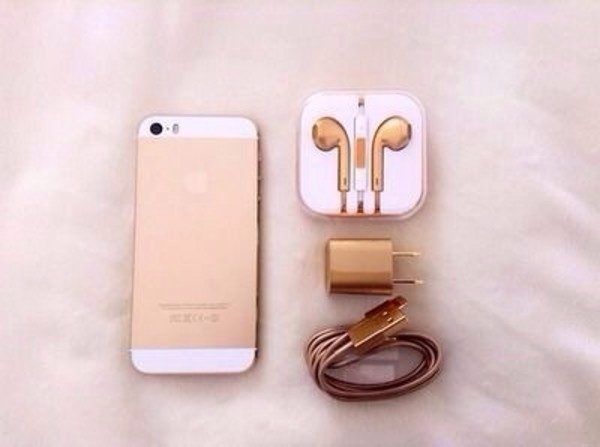 earphones charger I phone5s technology holiday gift jewels iphone gold adapter accessories