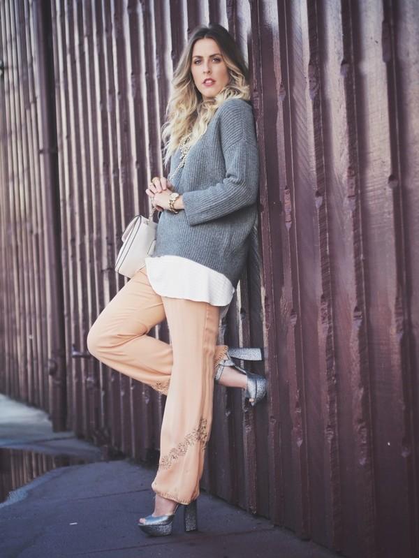 b. jones style sweater jewels tank top pants shoes bag