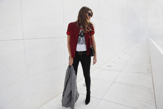 my daily style blogger jacket t-shirt jeans shoes bag