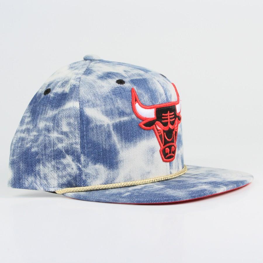 Mitchell & Ness - NBA Classic Acid Wash Snapback (Chicago Bulls)