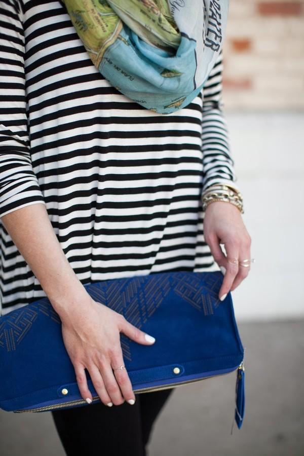 devon rachel t-shirt scarf jeans bag sunglasses shoes jewels