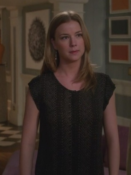 top revenge emily thorne emily vancamp