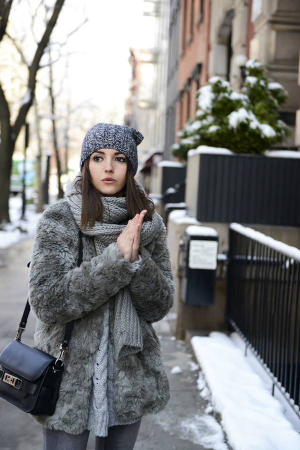 lovely pepa coat sweater shoes hat scarf bag jewels
